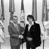 Elvis Presley Shows Up At The White House Gates And Gets A Meeting With President Nixon