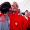 Liam Gallagher Is A Serial Man Kisser