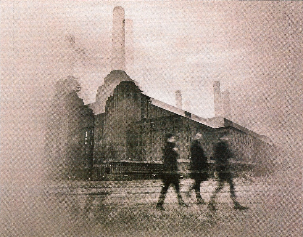 muse_battersea_power_station_the_resistance_animals_pink_floyd