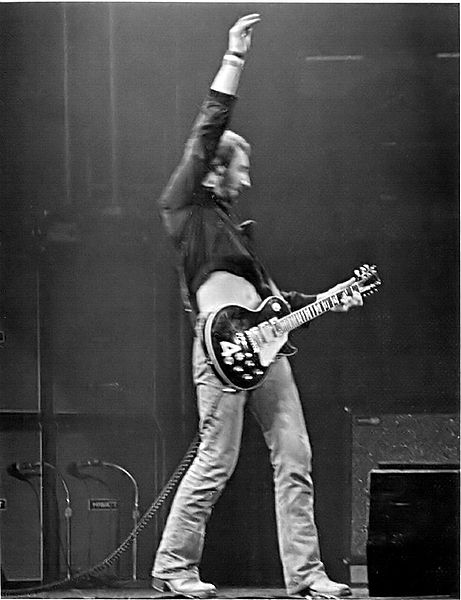 pete_townshend_les_paul_4