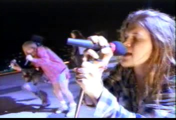 axl_rose_shannon_hoon_dont_cry_video