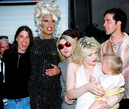 Nirvana Kurt Cobain Rupaul 1993 VMA Dave Grohl Courtney Love Frances Bean Krist Novoselic