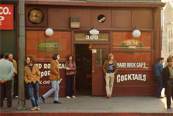 morrison_hotel_hard_rock_cafe_the_doors