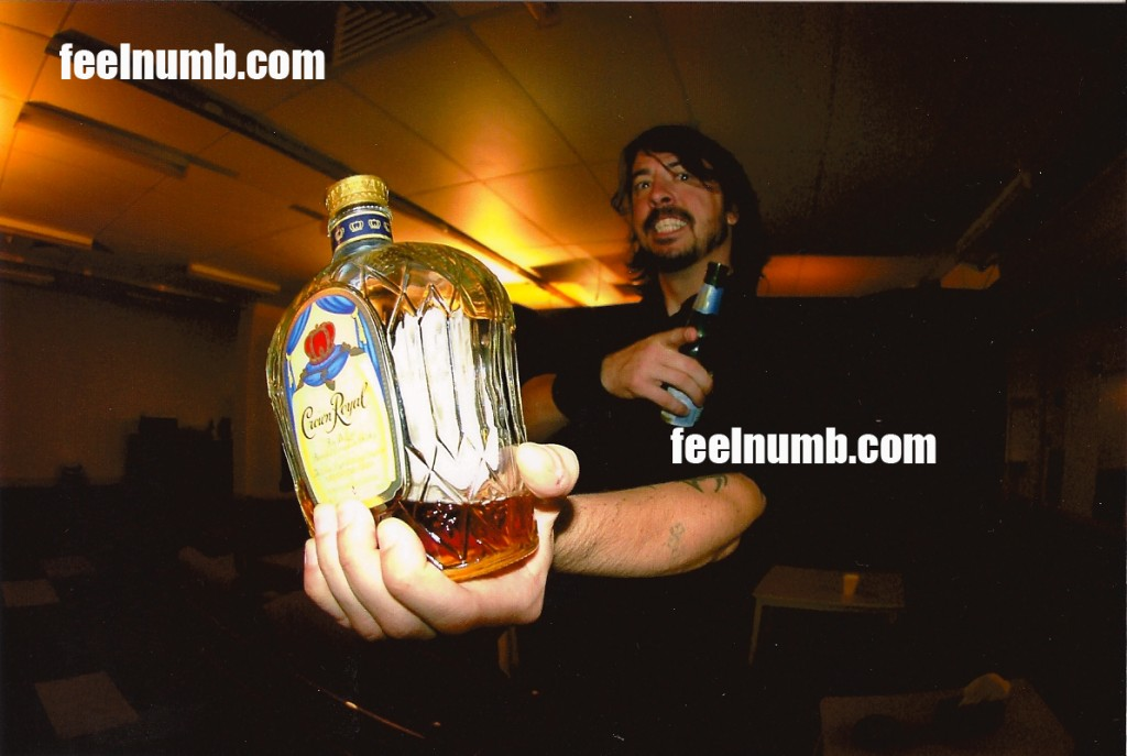 dave_grohl_crown_royal_backstagefeelnumb.com