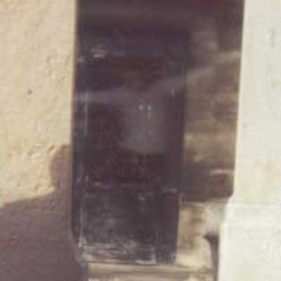 jim_morrison_ghost_grave_1997_photo_doors