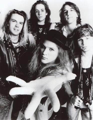 mother_love_bone_press_photo_andrew_wood_death_overdose