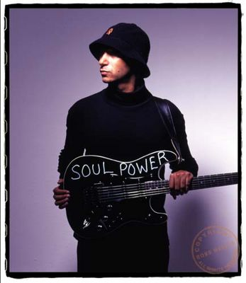 tom_morello_soul_power_guitar_fender_strat