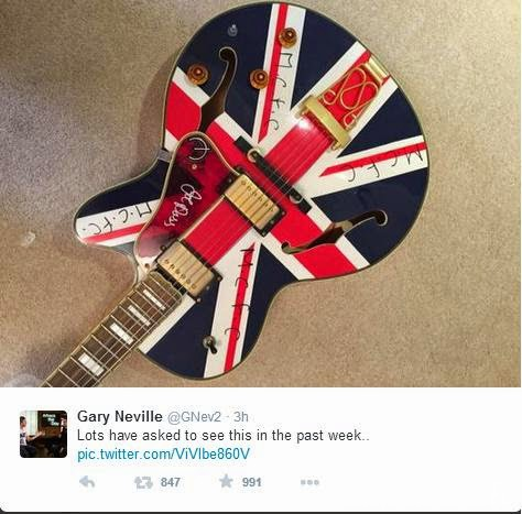 Man City Guitar Noel Gallagher Oasis Gary Neville