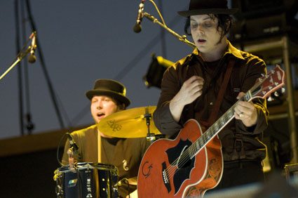 jack white claudette guitar gretsch the racontuers