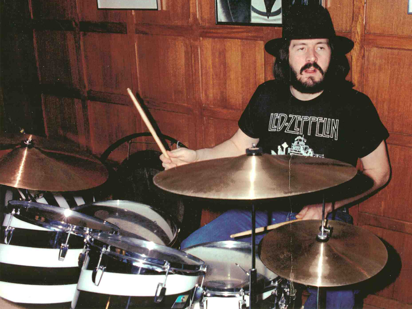John Bonham Ludwig Vistalite Black And White Swirl Drum Kit Auction