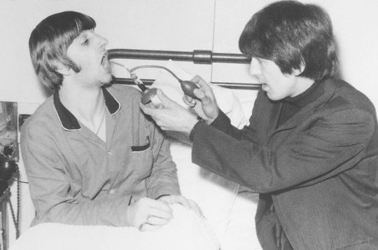 ringo starr tonsils the beatles