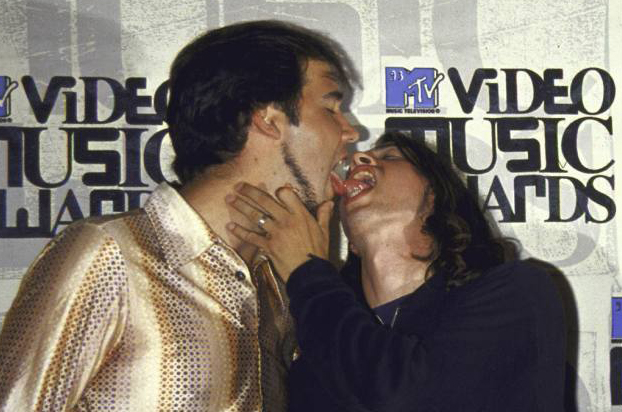 Dave Grohl Krist Novoselic Tounge Kissing Nirvana