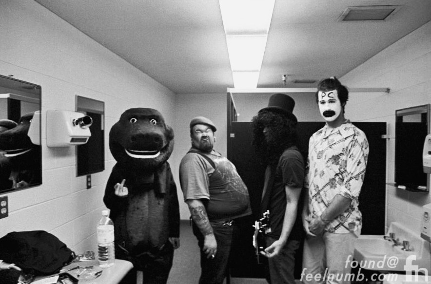 Nirvana Backstage Halloween 1993 Barney The Dinosaur Pat Smear Slash Krist Novoselic Backstage