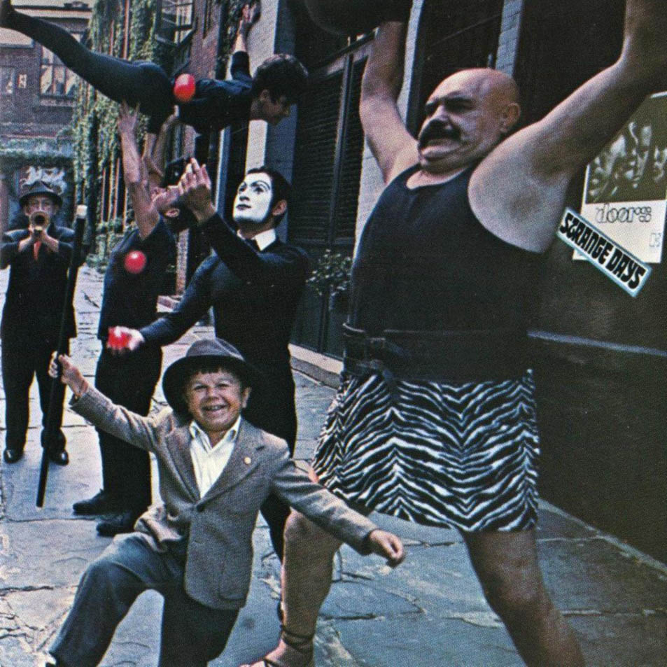 Sniffen_Court_the_doors_strange_days_new_york_36th_street_album_cover