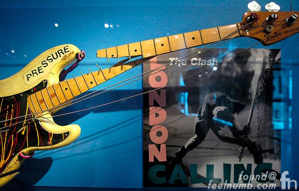 Paul Simonon Fender Bass Guitar Pressure London Calling Smash