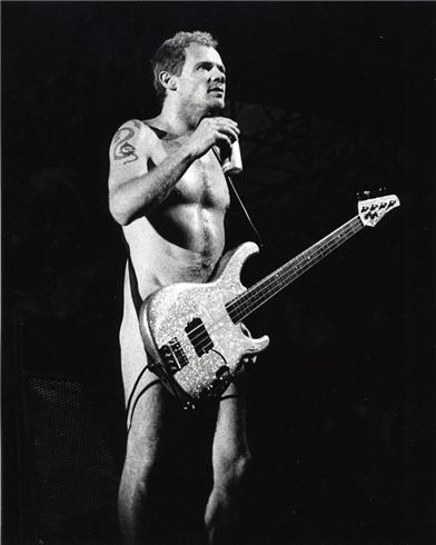 Red Hot Chili Peppers Flea Naked On Stage