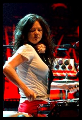 The White Stripes' Meg White Sexy Photo Gallery | FeelNumb.com