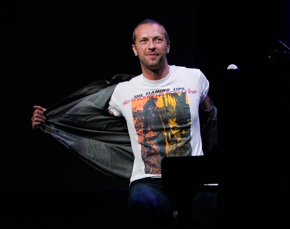 Chris Martin Coldplay Wearing The Flaming Lips T Shirt