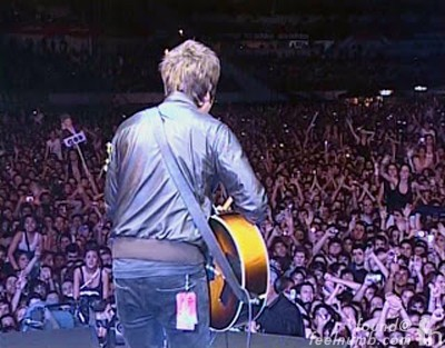 Oasis Noel Gallagher Argentina 2009 Don't Look Back in Anger River Plate Stadium