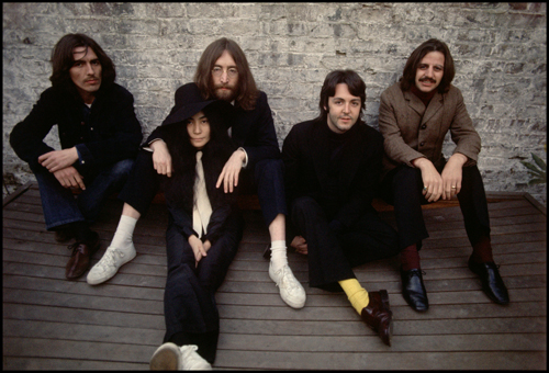 The Beatles & Yoko Ono Linda McCartney Photo