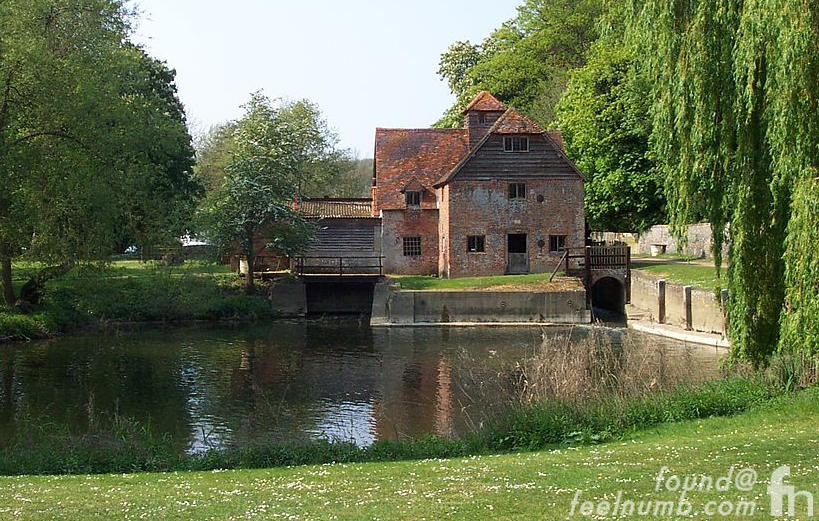 Black Sabbath Debut Album Cover Location Mapledurham Watermill
