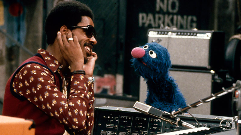 Stevie Wonder Sesame Street 1973 Elvis BBC Commercial