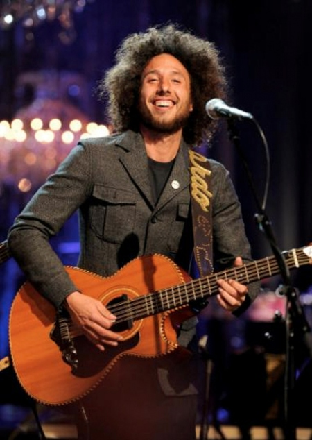 Zack de la Rocha Los Tigeres Del Norte Somos Mas Americano Rage Against The Machine