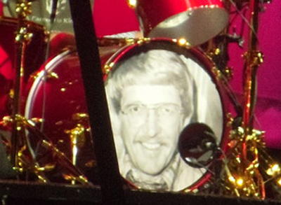 Taylor Hawkins Father 2012 Reading Leeds Drum Kit