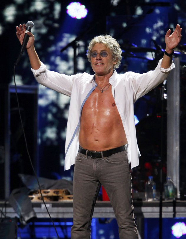Roger Daltrey Stomach Scar 12.12.12 Concert Sandy The Who