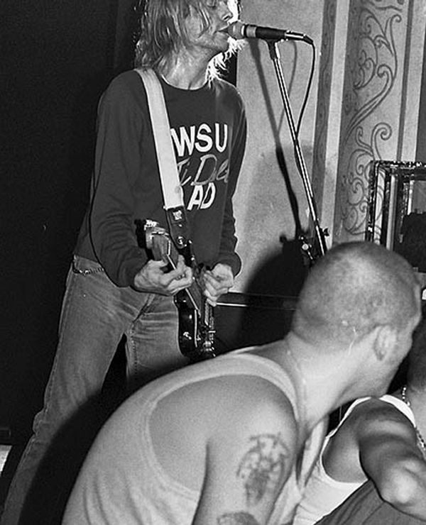 Kurt Cobain WSU Washington State Cougars 1991 Nirvana