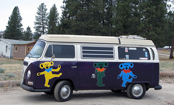 Grateful Dead Dancing Bear VW Bus Volkswagen Van