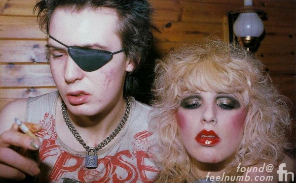 Sid Vicious Nancy Spungen Shirt Im Alive Shes Dead Im Yours