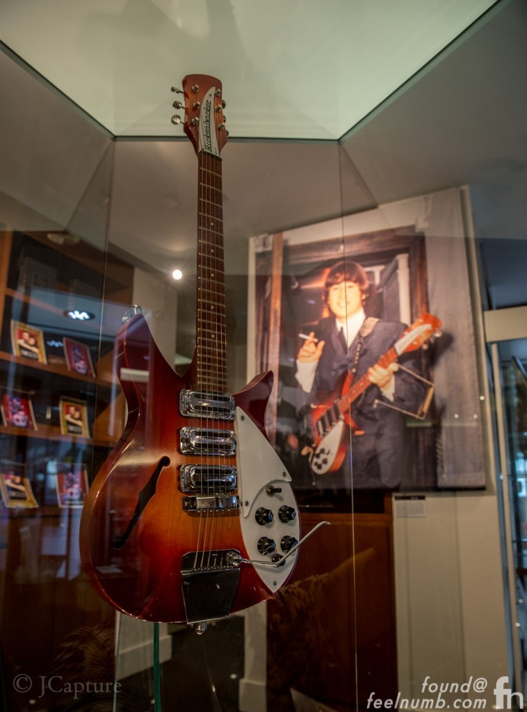 1964 Rose Morris Model Rickenbacker Ringo Starr Auction feelnumb.com