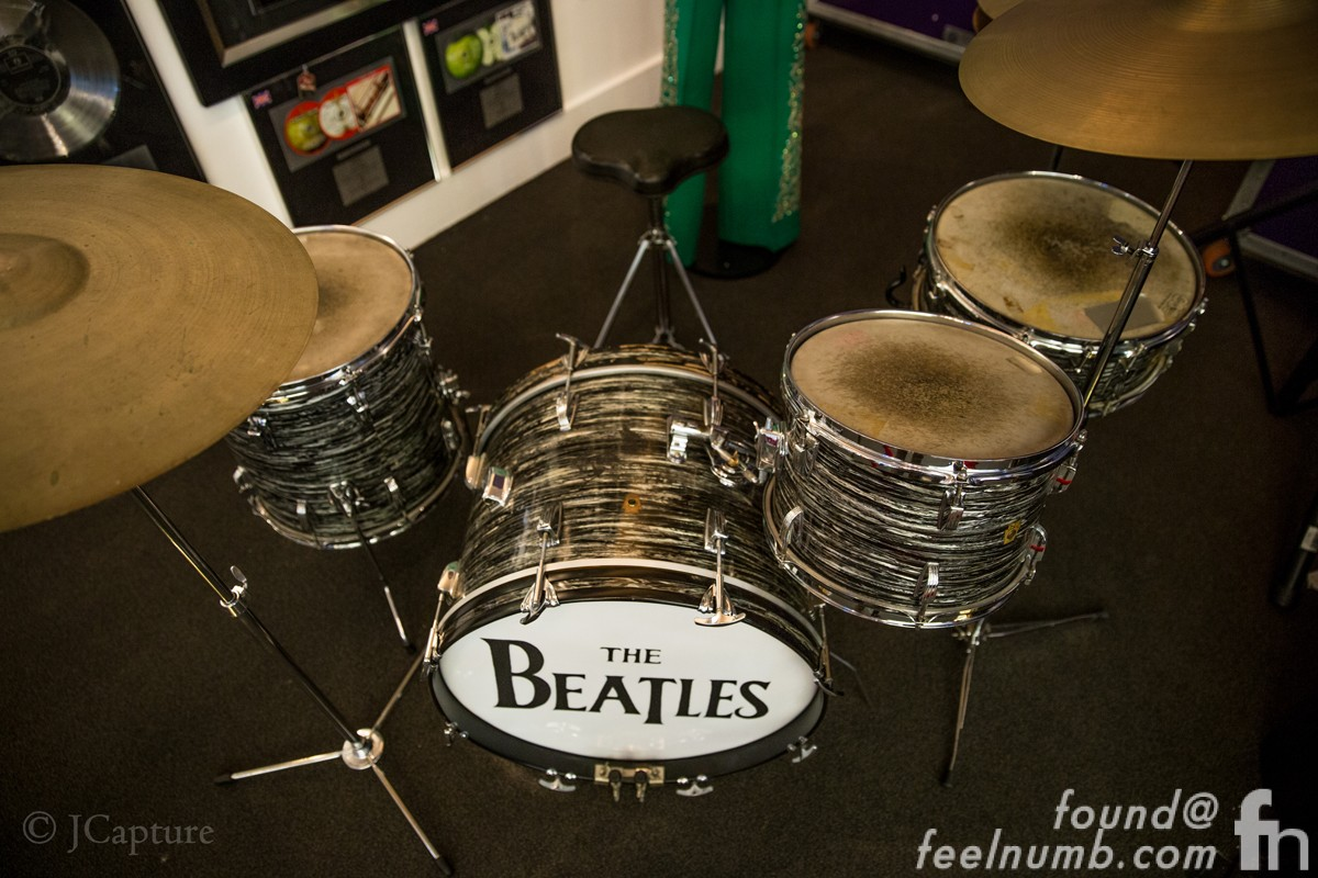 Ringo Starr Original The Beatles Ludwig Oyster Pearl Drum Set Kit Auction