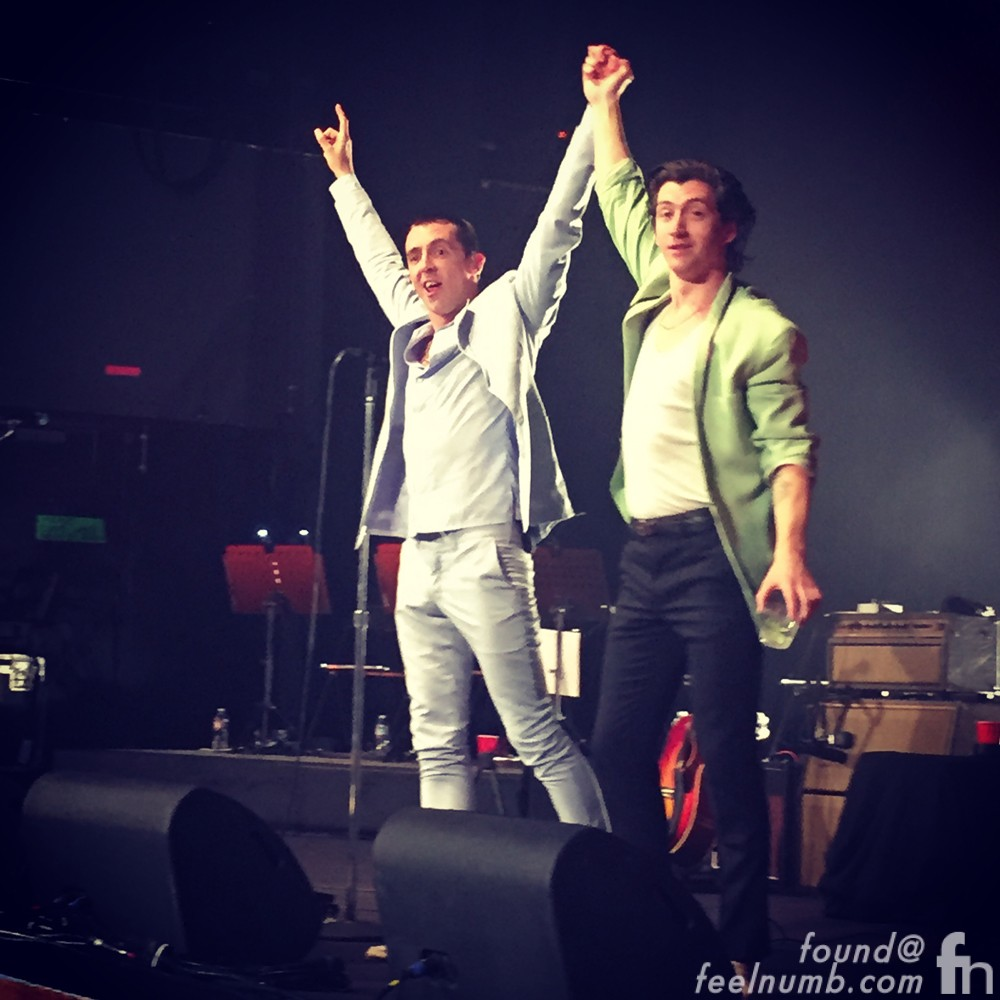 Alex Turner Miles Kane The Last Shadow Puppets Ace Hotel Los Angeles April 22, 2016 feelnumb.com Raul Rossell