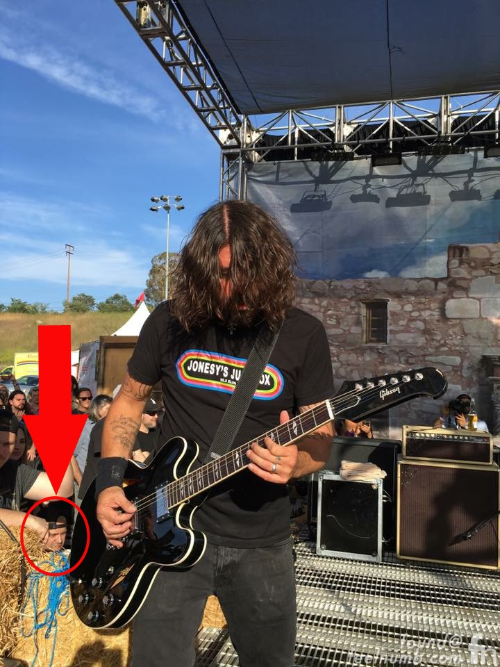 Raul Rossell feelnumb.com Dave Grohl Nirvana Chevy Metal 2016