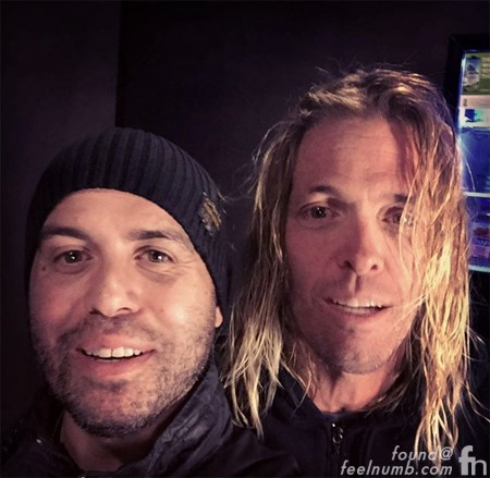 Taylor Hawkins Foo Fighters Raul Rossell feelnumb.com